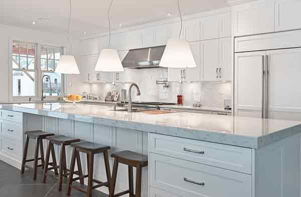Kitchen Renovation With Astaneh Construction in Toronto